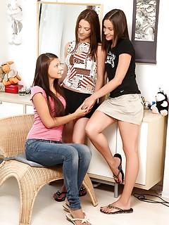 Lesbian Jeans Porn